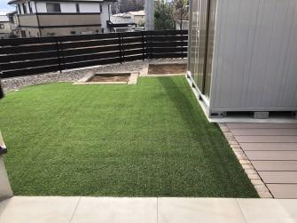 ふかふかな人工芝